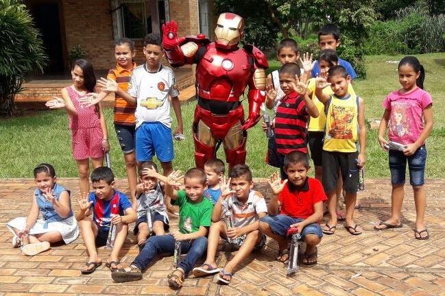 """ATENCION Papis y Mamis!!! Si queres que el Iron Man deDibujá Una Sonrisa😊te visite y esté presente en el cumpleañitos de tu hija o hijo para compartir con los chicos….danos una mano haciendo llegar 36 litros de leche (3 cajas de tetra pack)🥛a la """"Fundacion Casa Cuna"""" Llamanos antes al 021- 60 70 60 o […]"""